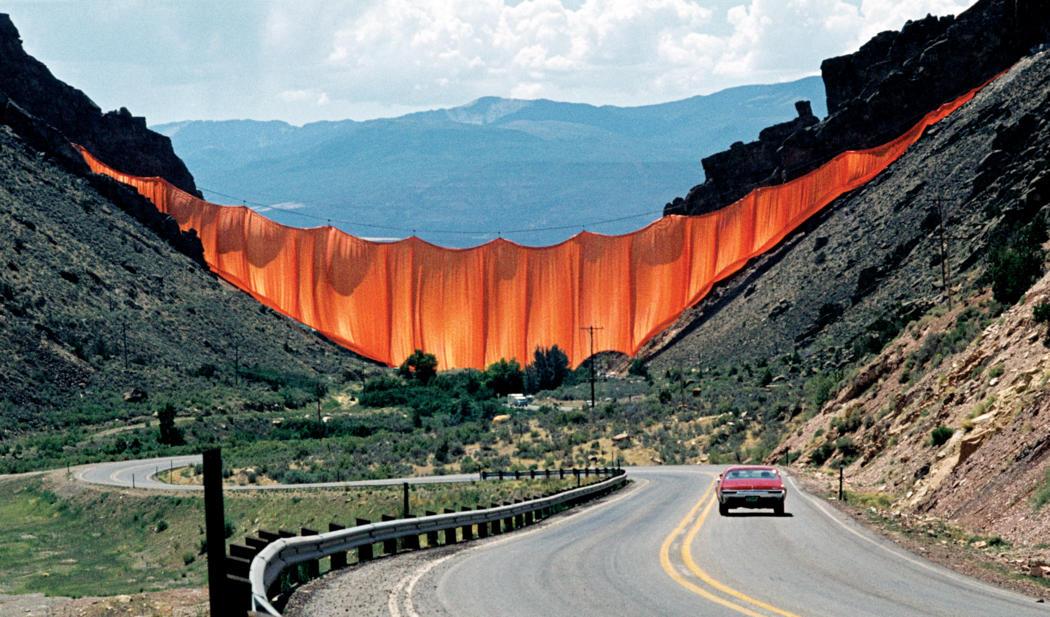 Valley Curtain III